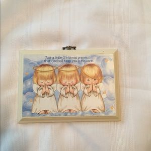 Small Hallmark three angels picture